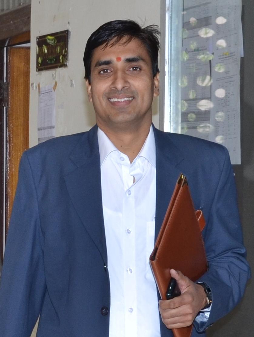 Dr Shyam  Sharma